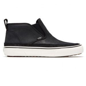NEW Vans Mid Slip SF MTE Black Sneakers